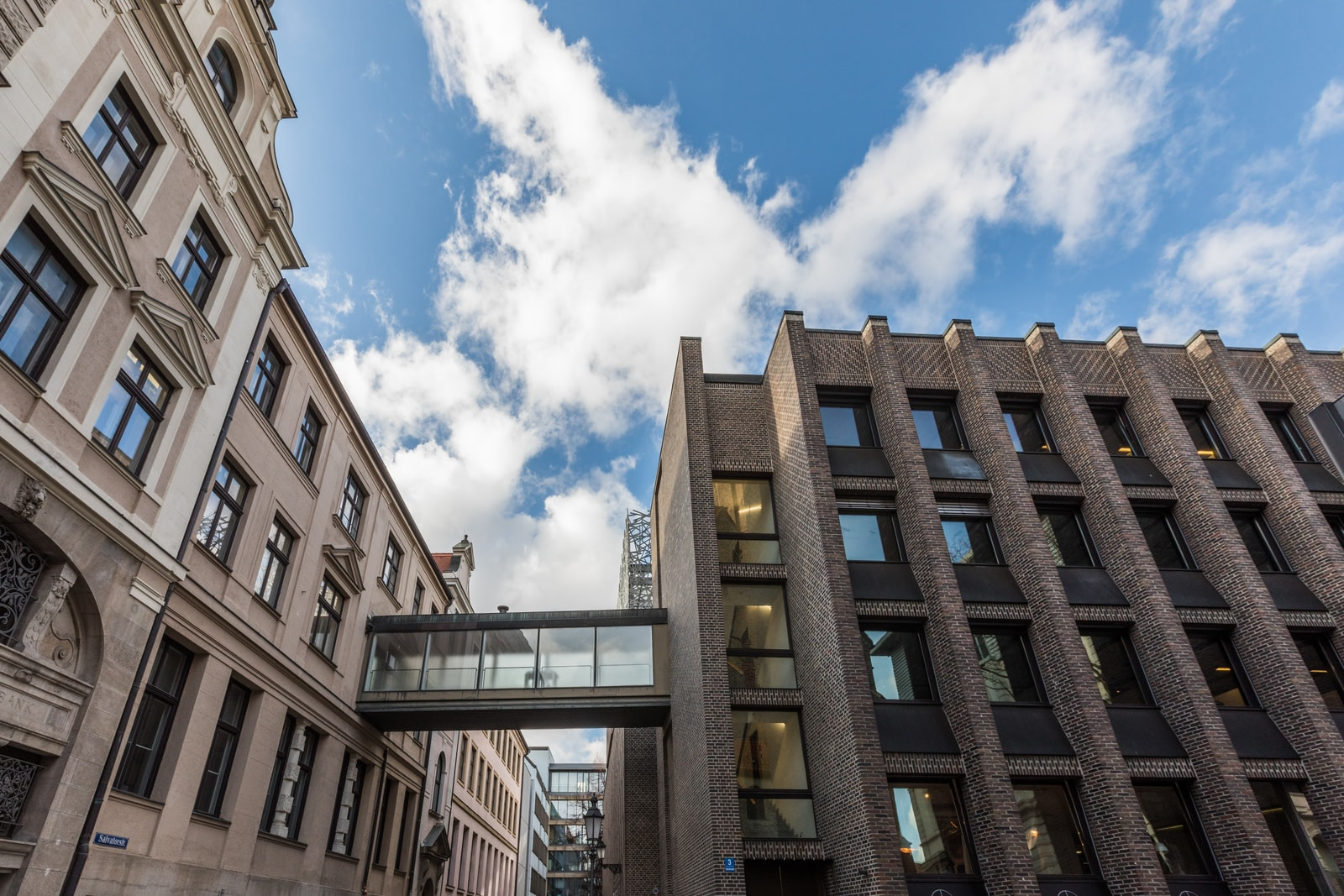 salvatorplatz building