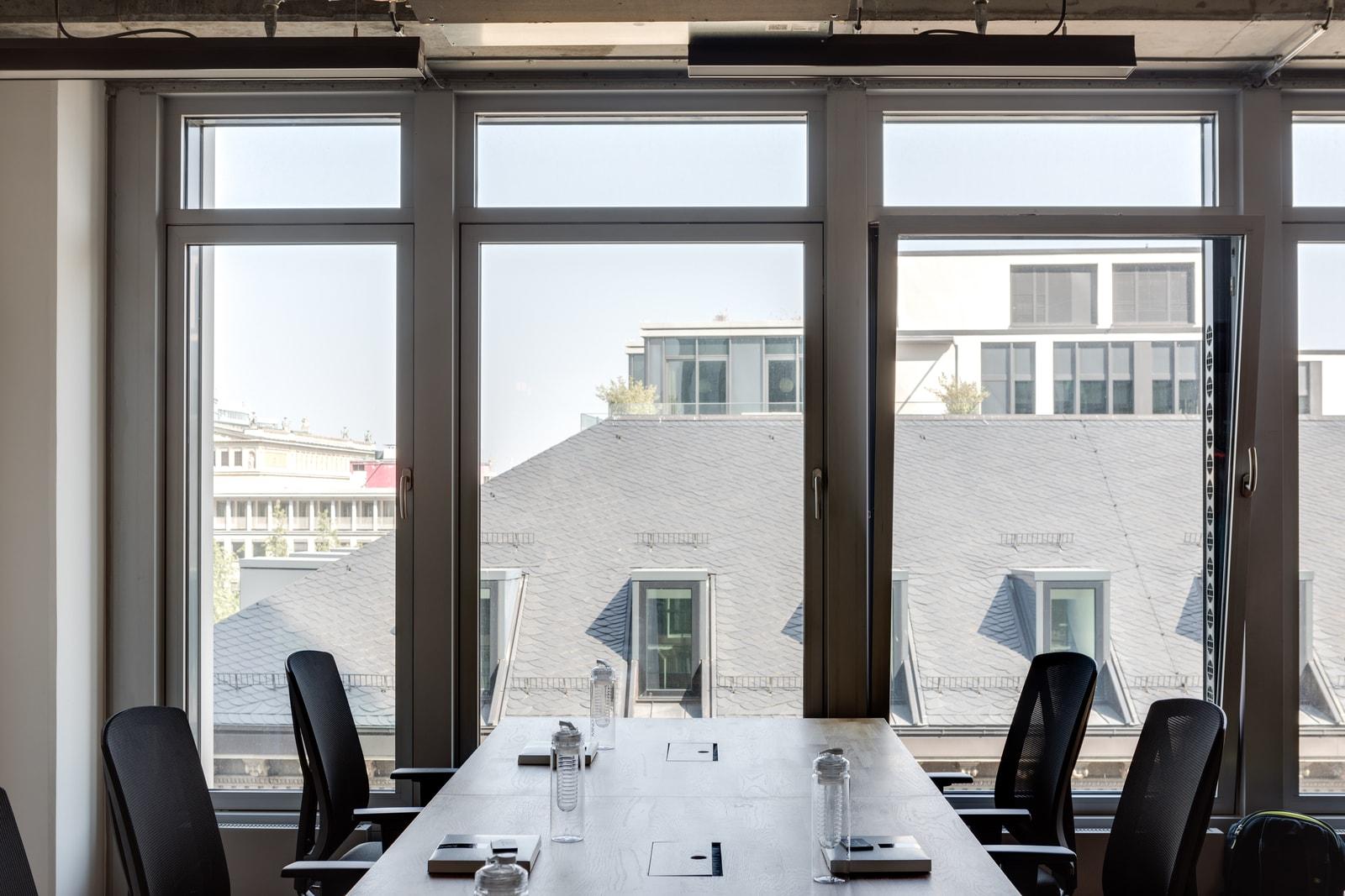 Neue Mainzer Straße 66-68 office 2