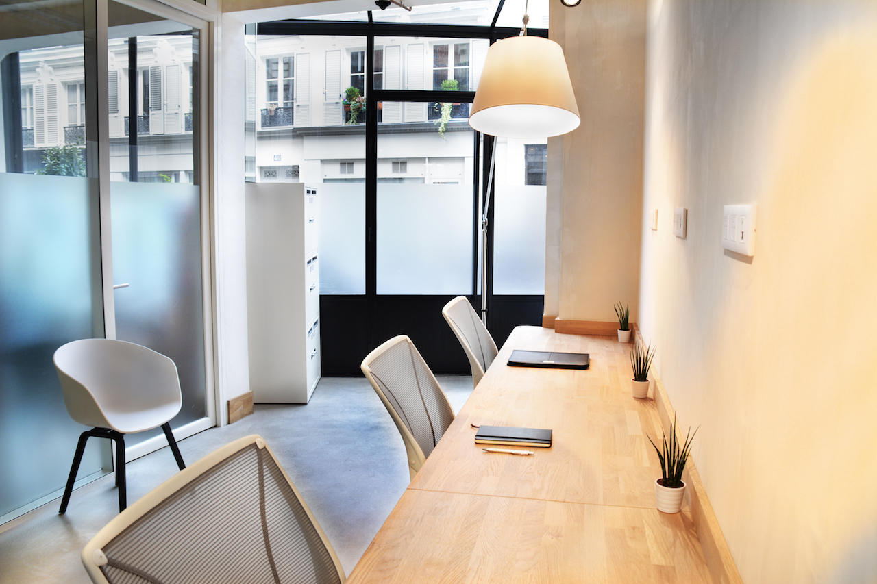 Rent office space paris rue truffaut