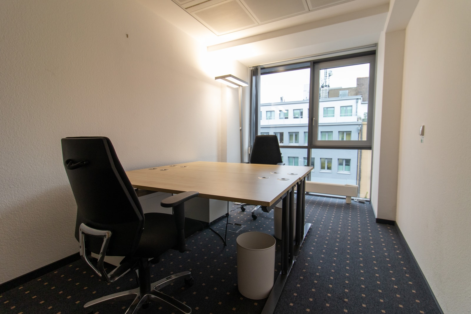 two person office oststrasse 54