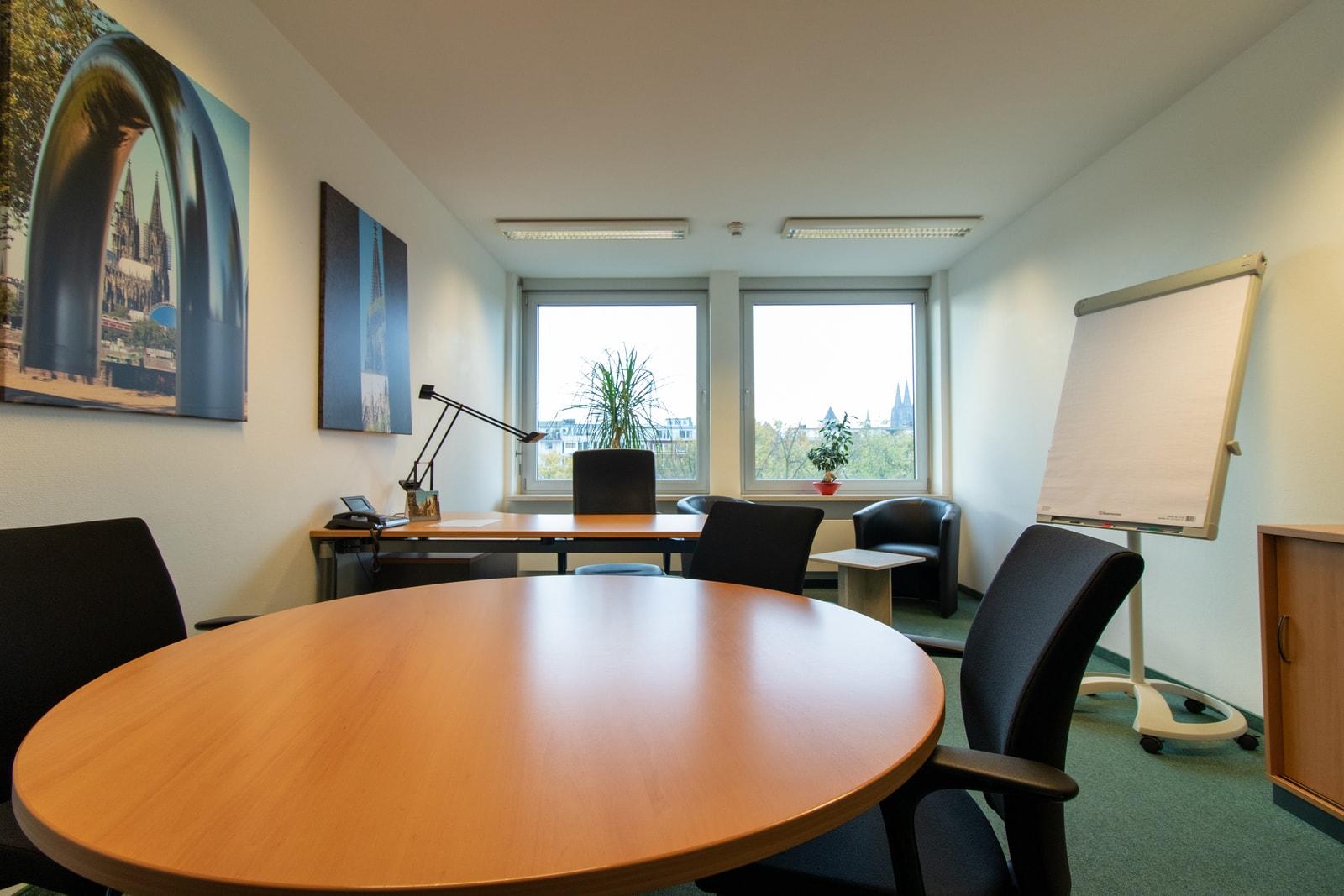 meeting room Theodor-Heuss-Ring 23