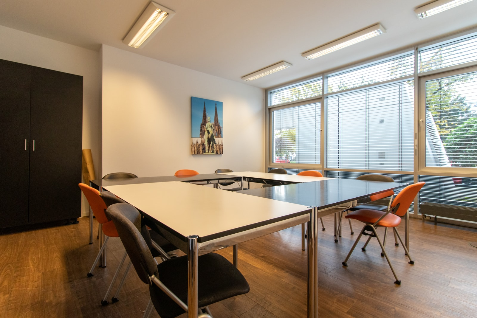 square meeting room Theodor-Heuss-Ring 23