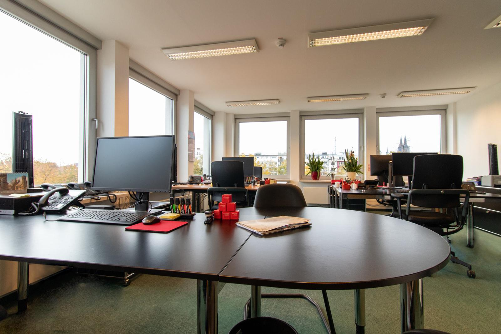 office 4 Theodor-Heuss-Ring 23