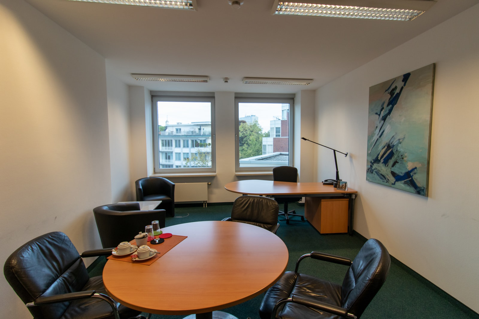 small meeting room Theodor-Heuss-Ring 23