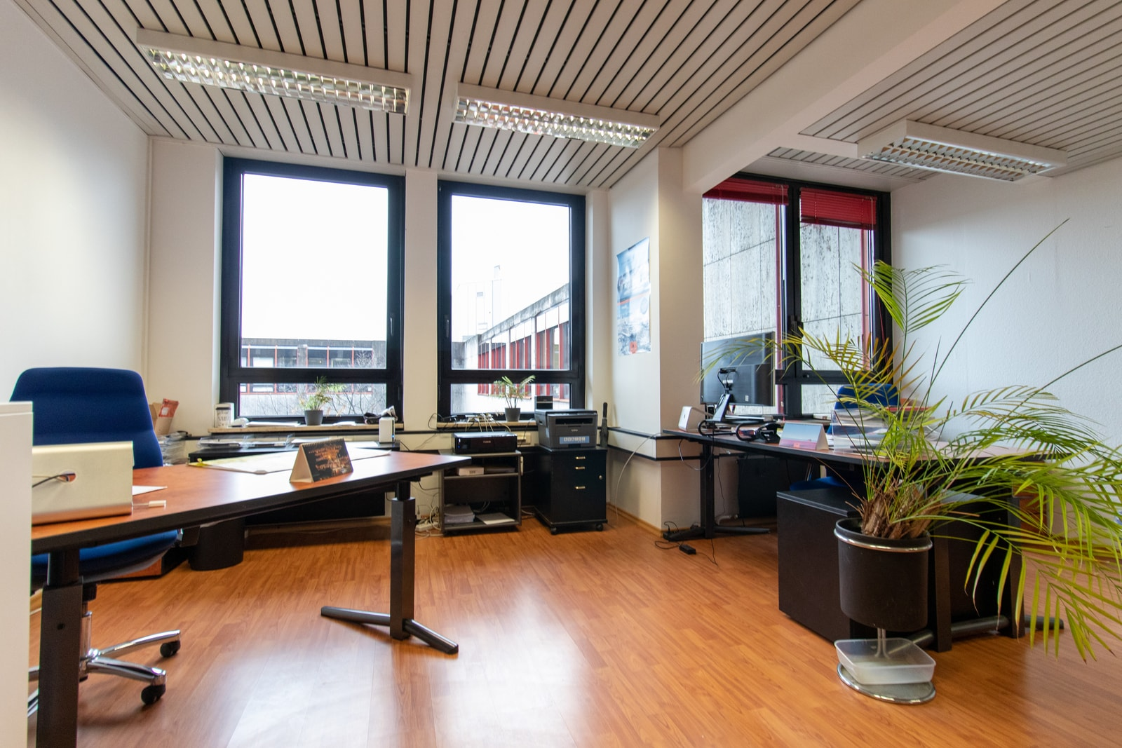 All of the offices are fully furnished