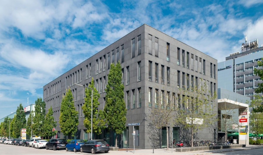 Wilhelm Wagenfield str. 4 office building