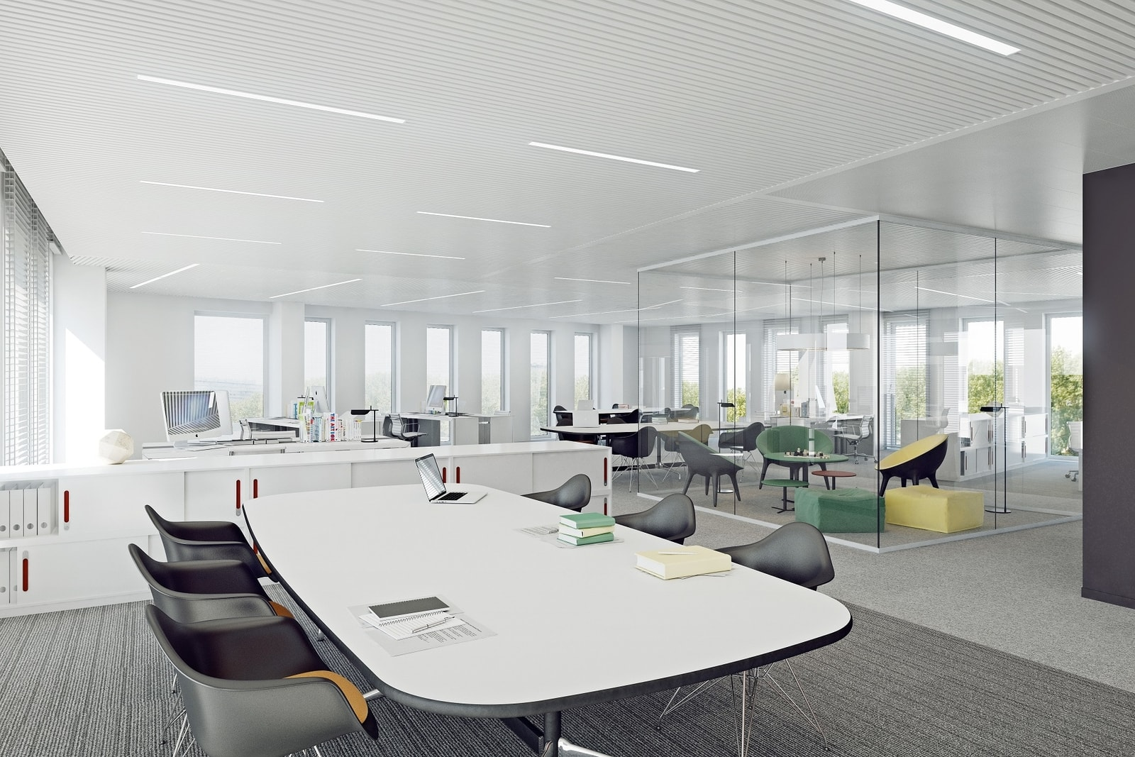 Ruime en lichte werkruimtes in kantoorgebouw in Anderlecht