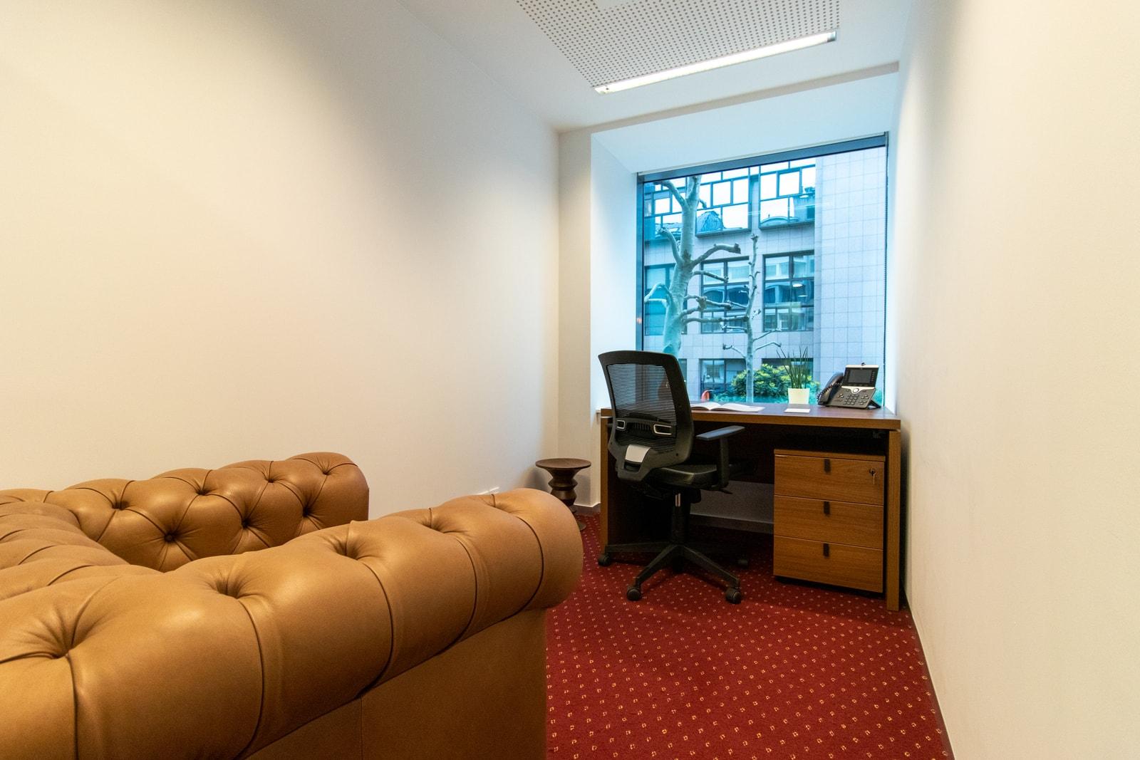 Afgesloten kantoorunits van divers afmetingen