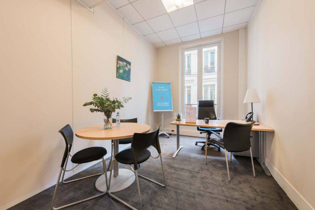 Workstation in a coworking area or in a private office,