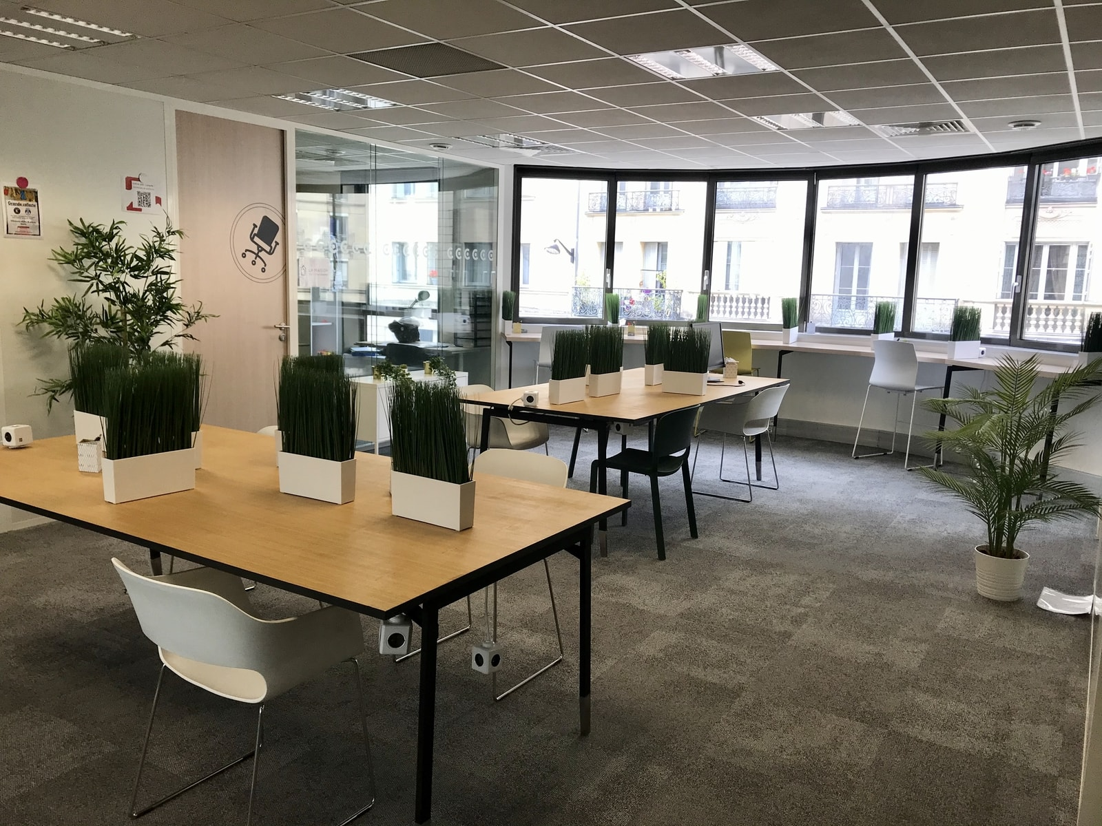 Office for rent in Paris