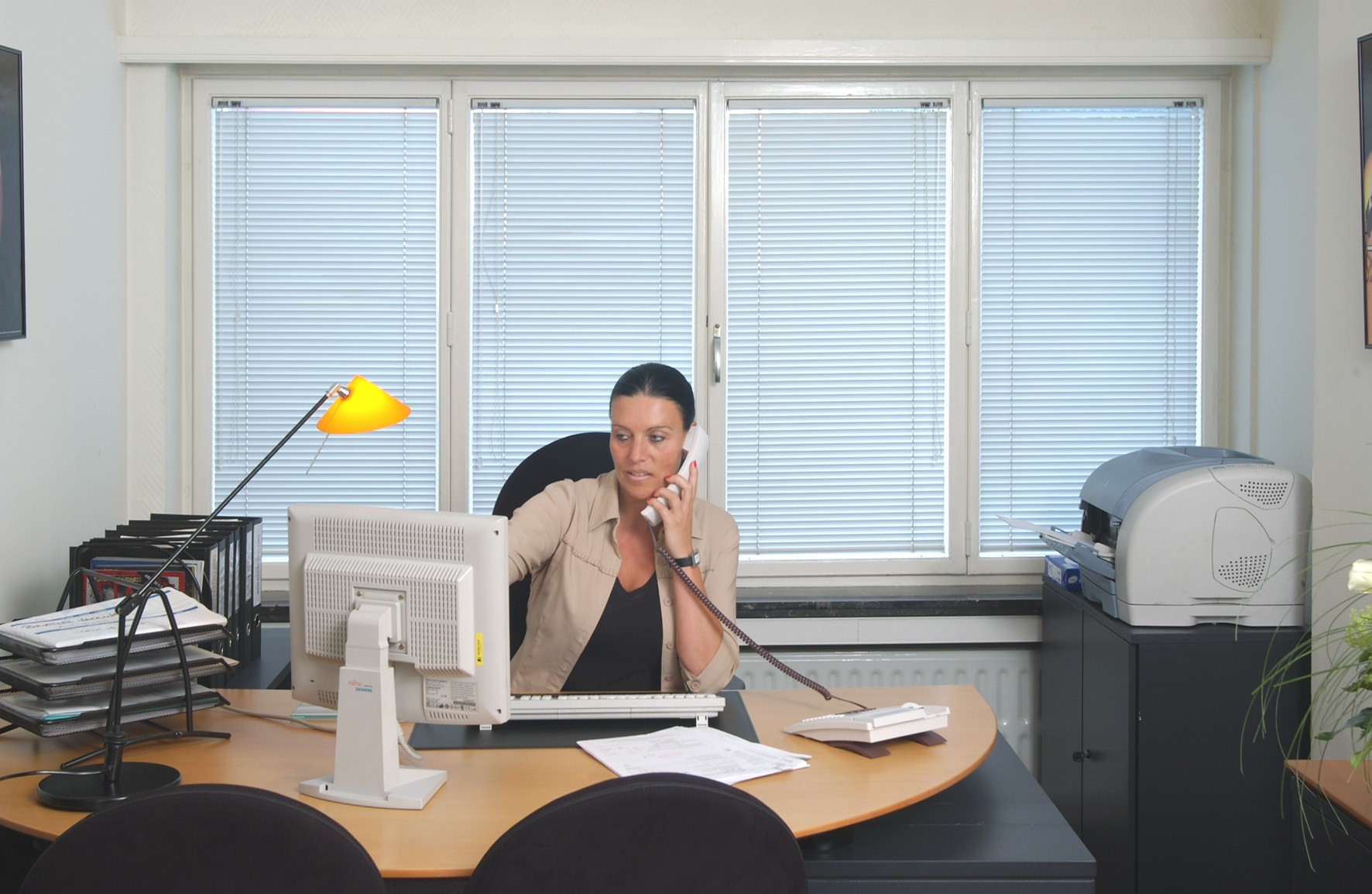 Diverse kantoorruimtes beschikbaar