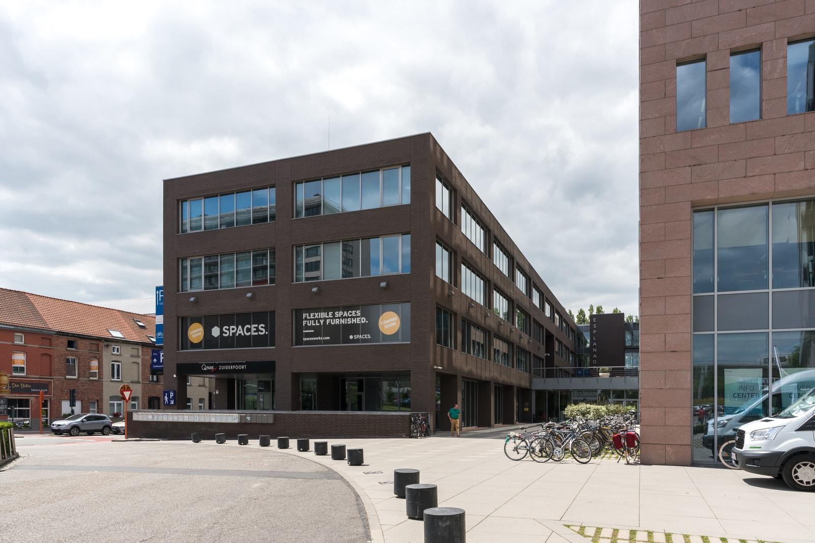 Vooraanzicht van het pand in Gent